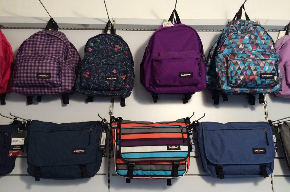 7a301bb208 Zaini Eastpak, The North Face per la scuola - Vieni in negozio a ...