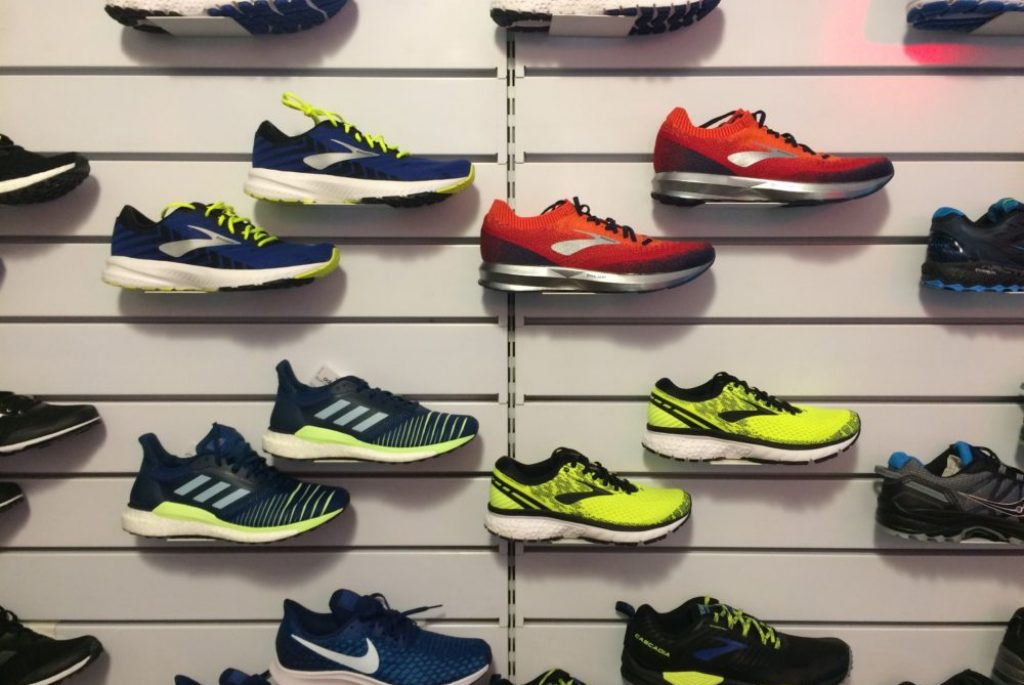 scarpe-running-brooks-adidas-demo-sport